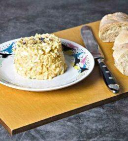 Eieraufstrich – heftig Deftiges auf Brot oder Semmel
