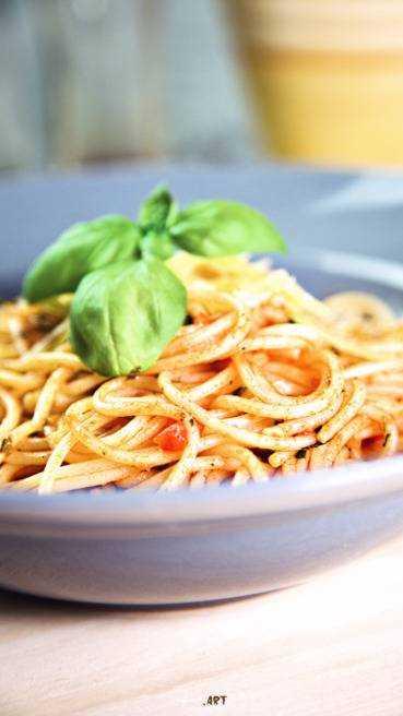 Knoblauch Tomaten Kräuter Spaghetti Rezept