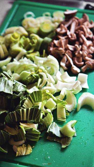 Asia Nudelpfanne mti Gemüse Abbildung 3
