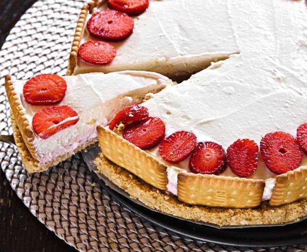 Erdbeer Kokos Mascarpone Torte Rezept