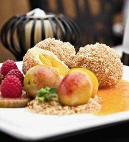 Kriecherl Knödel, wunderbar – Obst im Kartoffelteig, paradiesisch