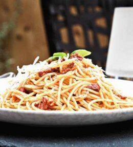 Spaghetti Sudzuk začinjena Paprika, wunderbar am Gaumen