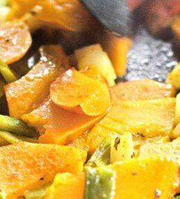 Kürbis aus dem Ofen, einfach Hauptgericht oder schnelle Beilage