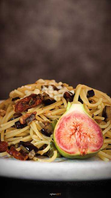 Spaghetti Aubergine Speck Tomate Abbildung 1