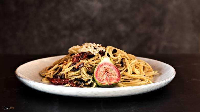Spaghetti Aubergine Speck Tomate Rezept