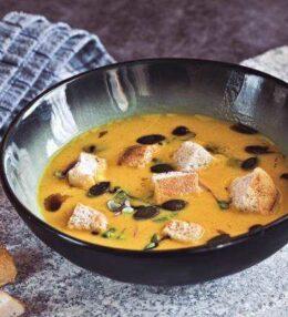 Kürbis Creme Suppe mit Pfiff und Würze, einfach zubereitet