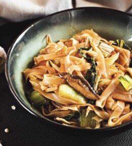 Reisnudel Gemüse Wok mit Kokos, einfach und schnell