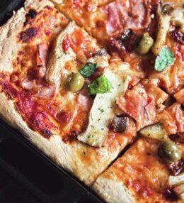 Pizza Funghi speciale, 100% aromatischer Genuss von Blech