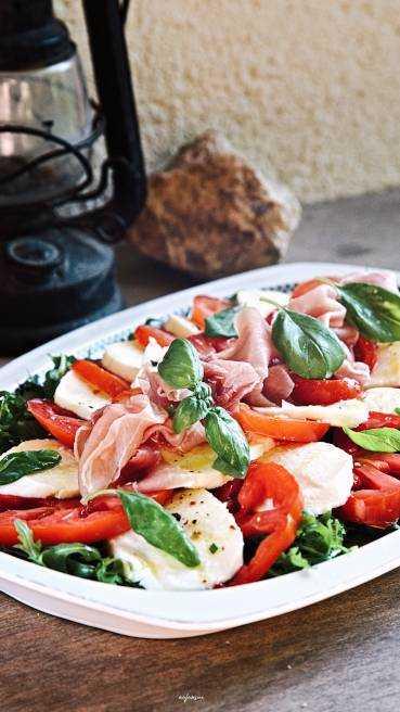 Mozzarella Tomate Mediterran Abbildung 1