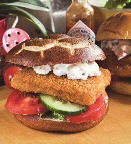 Fischburger, ein Snack für alle Tage, mit oder ohne Hilfsprodukte