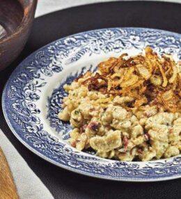 Käsespätzle, Genuss mit Speck und Zwiebel, einfach schnell