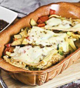 Pilzauflauf: Casseruola di funghi con pollo, formaggio raclette