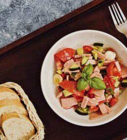 schneller Wurstsalat und der Traum einer anderen Zeit