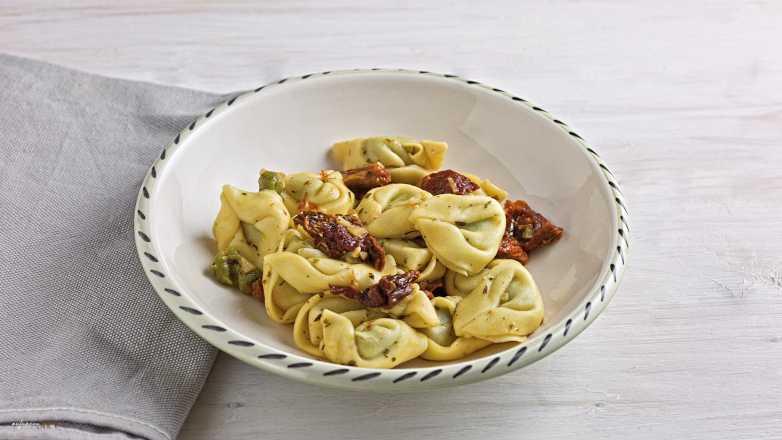 Tortellini Tomate Knoblauch Rezept
