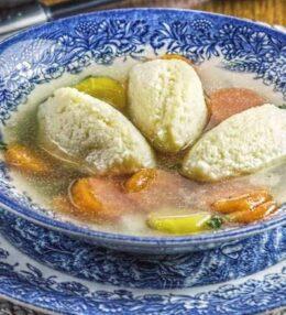 Grießnockerl, die perfekte Suppeneinlage und Beilage, einfach erklärt!