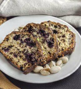 Heidelbeer Pistazien Kuchen, der Traum mit Schoko, einfach gemacht