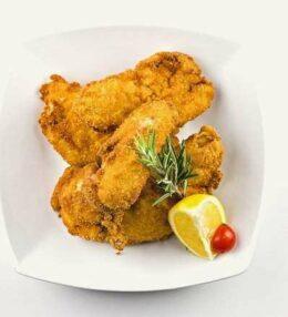 Backhendl, des Österreichers Huhn in der Panade, einfache aber ehrliche Küche!