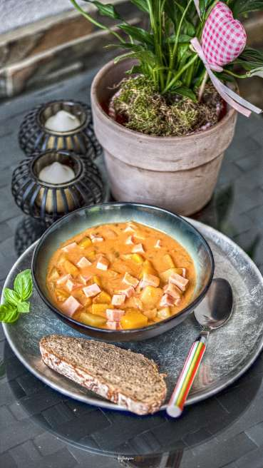 Kuerbis Kartoffel Leberkaese Gulasch Abbildung 1