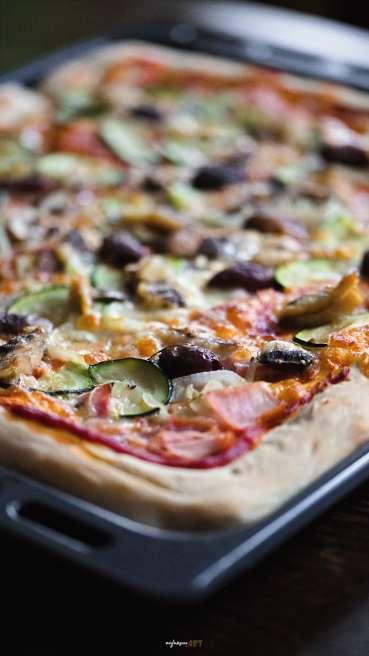 Blechpizza Gemüse Sardinen Abbildung 1